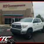 Danny brought us his 2015 Toyota USA Tundra for a set of Fox Racing 2.5