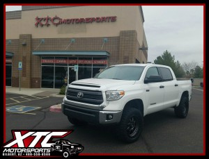 "Danny brought us his 2015 Toyota USA Tundra for a set of Fox Racing 2.5"" Performance series coil overs and rear 2.0 Performance series shocks with an ICON Vehicle Dynamics 1.5"" lift rear leaf spring expansion packs, also a set of 33x12.50R20 Nitto Tire Ridge Grapplers wrapped around some 20x9 Fuel Offroad D552 Anthracite w/black ring Trophy wheels."