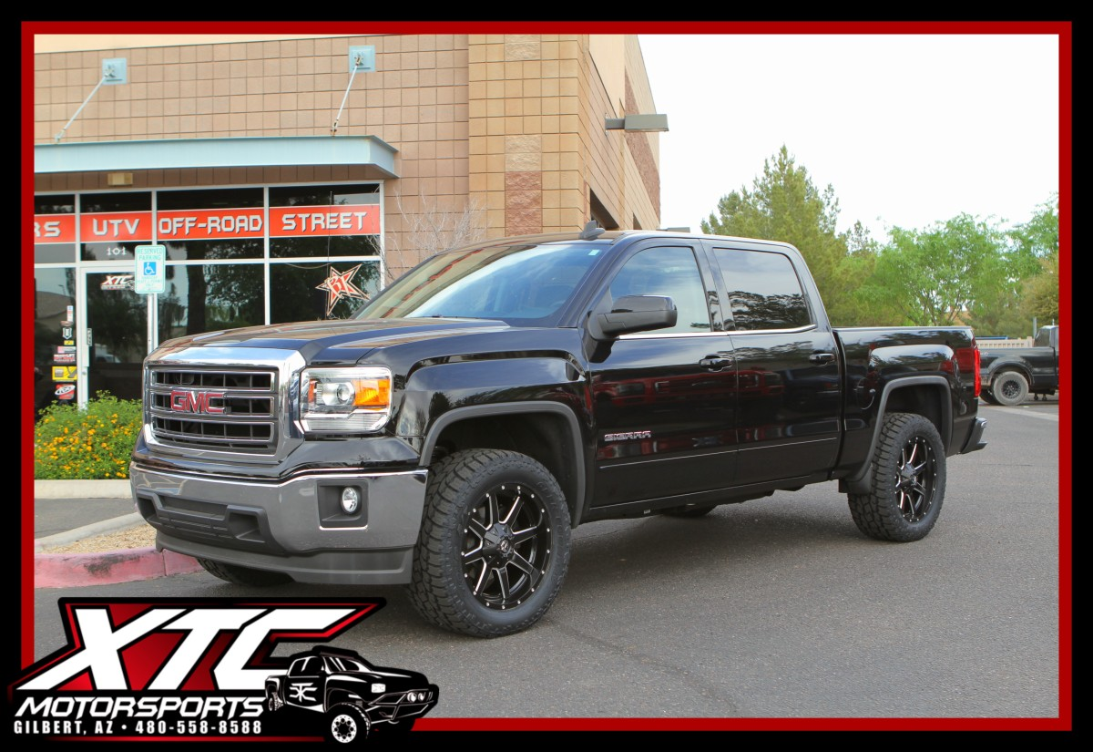 Robert brought in his 2015 GMC Sierra 1500 for a set of Bilstein Shock Absorbers front leveling struts, Fuel Offroad 20x9 Black Maverick's & a set 295/55R20 Toyo Tires Open Country ATII's.