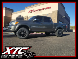"Simple yet sexy! Benny brought in his 2006 Toyota USA Tundra for a ReadyLift Suspension Inc. 2.5"" leveling kit, a set 285/65R18 Toyo Tires ATII's wrapped around a set of 18x9 Fuel Offroad Assault wheels."