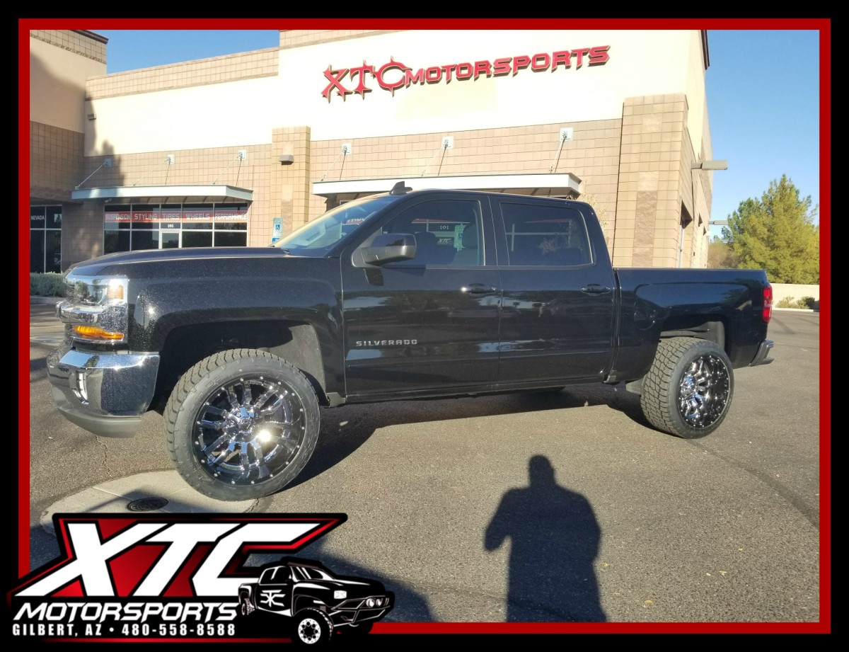 """David dropped off his 2017 Chevrolet Silverado 1500 for an XTC Motorsports 2.5"""" leveling kit and a set of 22x12 2 piece Chrome with Gloss Black lip Fuel Offroad D270 Sledge wheels wrapped with a set of 33x12.50R22 Nitto Terra Grappler G2 tires."""
