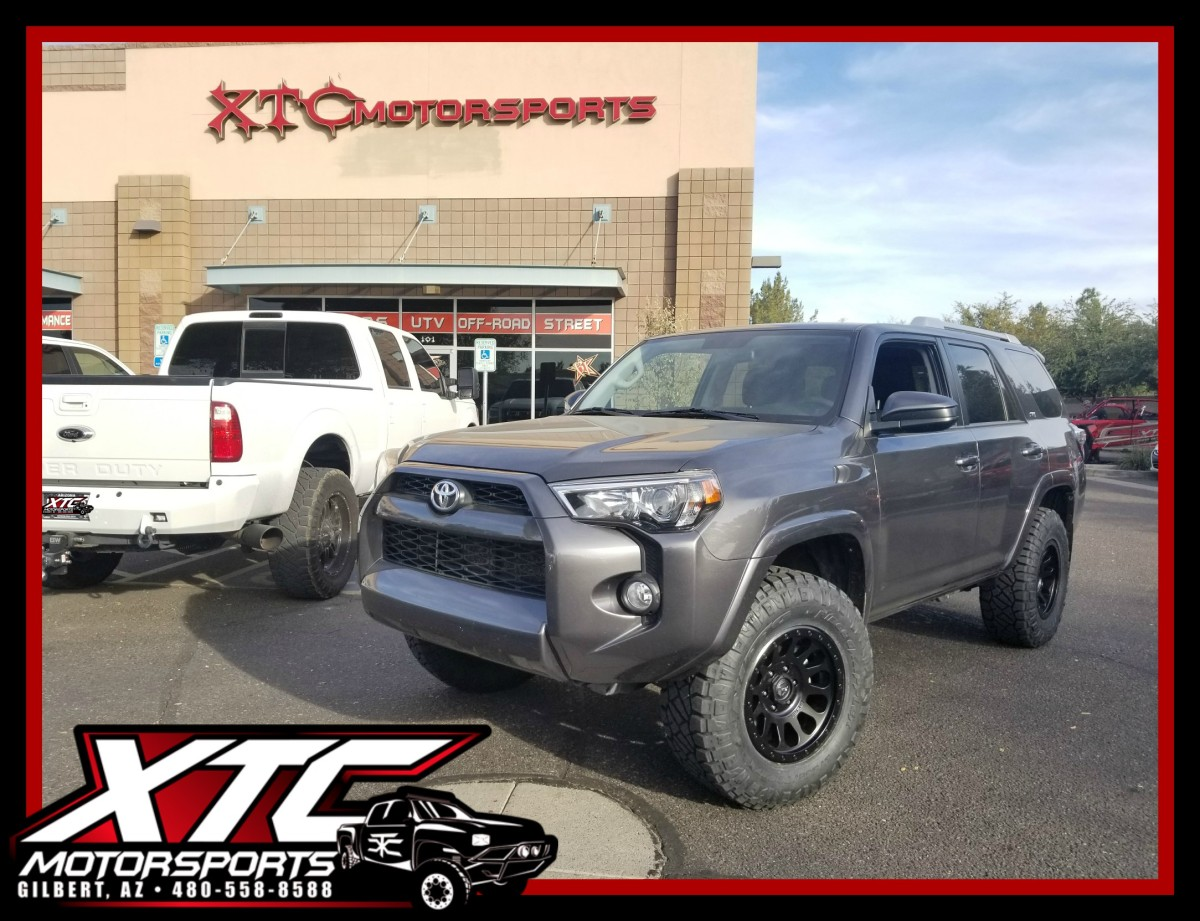 Caroline Brought Us Her 2016 Toyota Usa 4runner For A Set